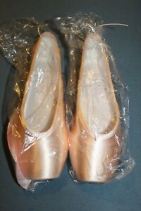 Gaynor Minden Pointe Shoes SC 9 & 9.5 Multiple Sizes Pink