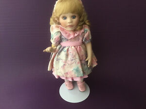 """1994 Marie Osmond """"Traci"""" Porcelain Doll """"Miracle Children Series"""" Sign Language"""