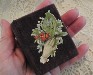 "SMALL ANTIQUE VELVET ""BOOK"" SHAPE SEWING NEEDLE CASE DIECUT LITHOGRAPH PORTRAIT"