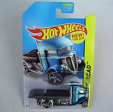 2014 Hot Wheels 105/250. Fast-Bed Hauler. Stunt Circuit.  New in Package!