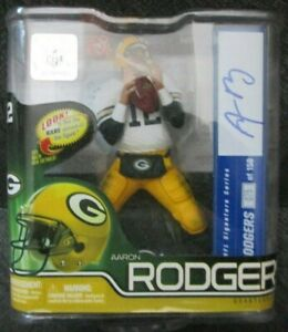 Aaron Rodgers McFarlane NFL Series 30 Chase Auto Autograph Signed /150