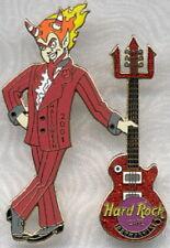 Hard Rock Cafe REYKJAVIK 2001 HALLOWEEN PIN Demon Red Les Paul Pitchfork Guitar