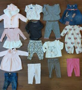 *Beautiful Baby girls Clothes Bundle 0-3 Months* 15 items