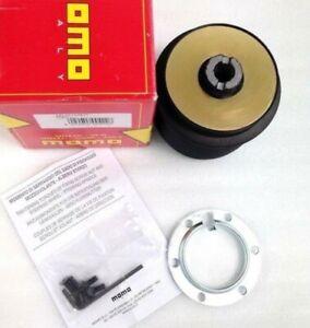 NEW Genuine Momo steering wheel hub boss kit MC4911. Honda Civic CRX Del Sol