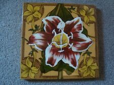 Antique Lily tile   21/387Y
