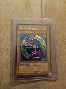 Yu-Gi-Oh! TCG Dark Magician SDY-006 Holo Card