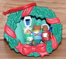 Vintage Christmas Wreath Caroling Bear Family Tree Ornament Only *Read*