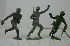 Vintage ? Marx German WWII Soldiers Lot of Three 5-6 inch Plastic Toy Soldiers