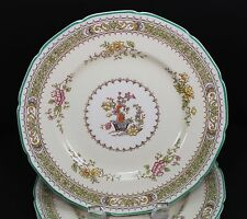 Royal Doulton Lillian Scalloped v1022 Set of Four Luncheon Plates Plate