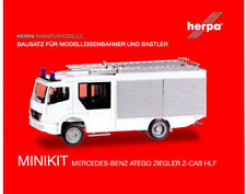 HERPA MiniKit 1:87 MB Atego Ziegler Z-Cab LF 20 Feuerwehr weiß Bausatz #012980