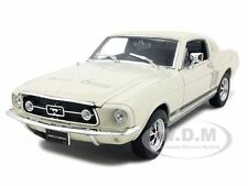 1967 FORD MUSTANG GT CREAM 1/24 DIECAST CAR MODEL BY WELLY 22522