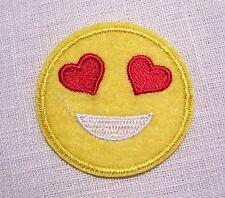 PATCH écusson APPLIQUE thermocollant - SMILEY YEUX COEUR ** 5 cm **