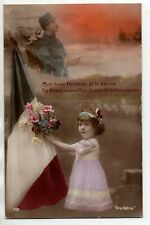 FANTAISIE - GUERRE - PATRIOTIQUE - Carte postale - soldat fillette drapeau