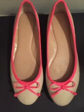 Banana Republic Ballet Flats Shoes Tan Hot Pink Bow Leather Size 8 EUC
