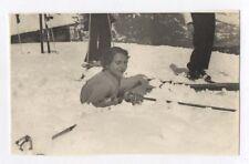 PHOTO ANCIENNE Femme Ski Luge Sports d'hiver Snapshot Vers 1930 Neige Curiosité