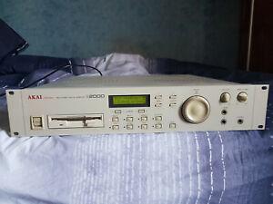 AKAI S2000 MIDI STEREO DIGITAL SAMPLER +32mo + MANUEL+ OS 2.0 Perfect