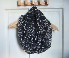 Urban Outfitters - Long Wide Looped Scarf - Soft Fabric - Black White Colourway
