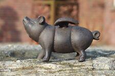 Gusseisen Schwein groß mit  Flügeln Garten Figur Metall