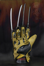 22746 NIGHTMARE FREDDY GLOVE REPLICA (1984)