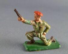 1//50 35mm  STARLUX PARACHUTISTE BAZOOKA ET SERVANT