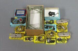 Marklin HO Assorted Accessories (16)/Box
