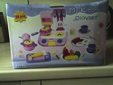 BRAND NEW MY KITCHEN PLAYSET/BOXED/38 PIECES 3+/ideal present