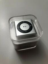 Immaculate iPod Shuffle 4th Generation Silver (2 GB)