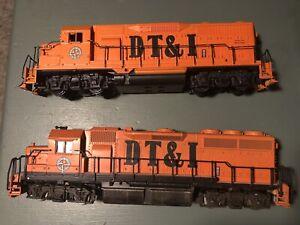 2  HO Diesel Locomotives  Atlas 351 Dummy & Athearn ? 409 Atlas DTI