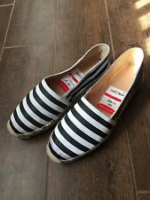 NWT Diane von Ferstenberg Women's Black And White Striped Espadrilles Sz 7