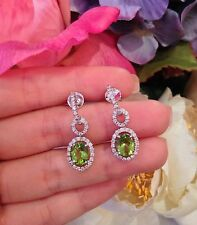 Peridoto en Halo Diamante Pendientes 18ct Oro Blanco - HM1300
