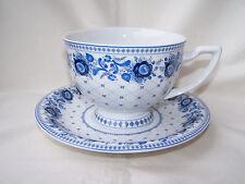 * Jumbo - Tasse *  mit blauen Blumen - GZHEL - aus Porzellan  - 370 ml -