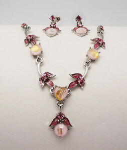CC 16 in PINK ACRYLIC CRYSTAL ENAMEL SILVER TONE METAL NECKLACE JEWELRY SET NEW