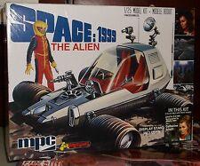 SPACE 1999 THE ALIAN PLASTIC MODEL KIT