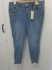 Forever New Low Rise Skinny Crop Petite Size 14