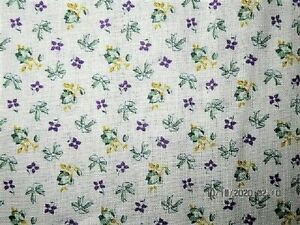 VTG 21X37 TINY GREEN PURPLE FLOWER BOW UNOPEN COTTON FEEDSACK FABRIC CRAFT QUILT