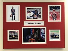 "Formule 1 Daniel Ricciardo signé 16"" x 12"" double mounted Display"