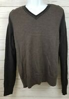 Banana Republic Mens Sz Medium 100%  Extra Fine Merino Wool V-neck Sweater Brown