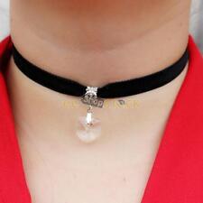 Collier ras de cou noir avec pendentif cœur fausse pierre diamant