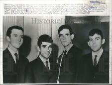 1967 Press Photo American Navy deserters from the carrier Intrepid in Moscow.