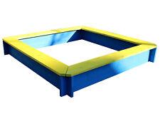Sandkasten 120 x 120 cm mit Sitzbrettern gelb blau lasiert Sandkiste aus Holz