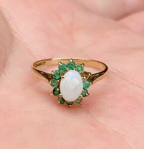 Hallmarked 9ct Gold Vintage Opal and Emerald Ring 1970s Not Scrap