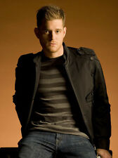 Michael Buble UNSIGNED photo - D1191 - SEXY!!!!!