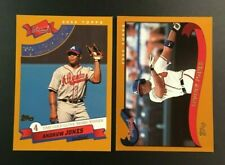 2002 Topps #110 #711 ANDRUW JONES Atlanta Braves Lot 2 w Gold Glove