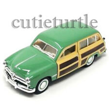 Kinsmart 1949 Ford Woody Wagon 1:40 Diecast Model Toy Car KT5402D Green