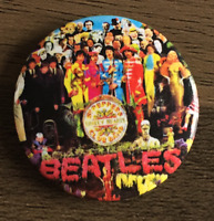 THE BEATLES Sgt. Pepper's Lonely Hearts Club Band BUTTON BADGE 25mm PIN
