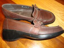 CLARKS Artisan Women's Brown Leather Flats Loafers Slip-on Shoe  Size 7.5M   140