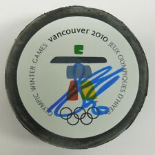 ANTTI MIENTTINEN SIGNED 2010 VANCOUVER OLYMPICS HOCKEY PUCK 1000645