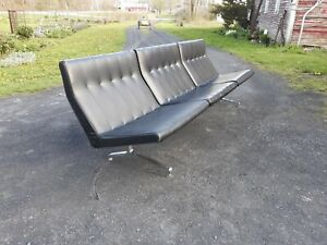 Vintage mid century Barcelona style sofa,long and sleek original,high quality