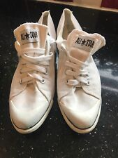 mens White converse all star size 9