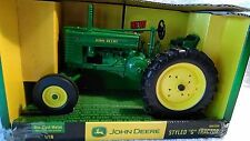 """2003 Diecast 1/16 John Deere Wide Front Styled """"G"""" Tractor In The box new item"""